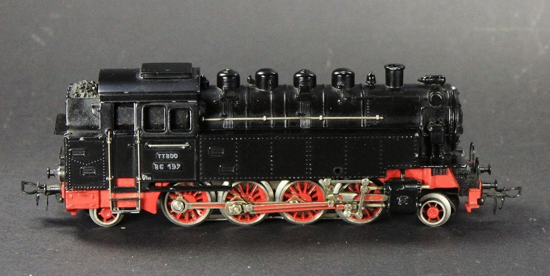 Marklin TT800 tank locomotive (1951)